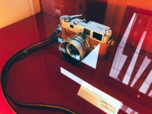 限定版のエルメスのライカカメラ