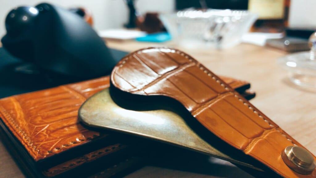 クロコダイルの万双の靴べら