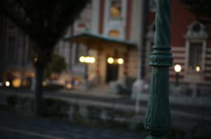 美しい中之島公会堂と街灯