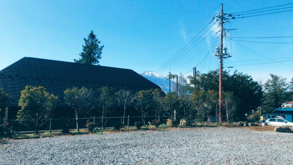 富士山が見える山中湖の景色