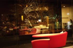 雅樂倶のレストランと窓の写真