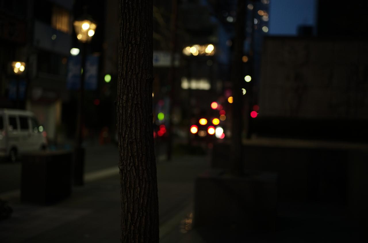 ライカで撮影した美しい夜の街灯