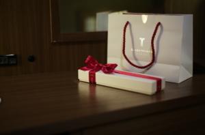 美しい銀座タナカのパッケージ